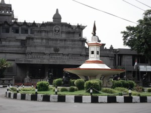 Gedung Monumen Pers Solo (http://tentangsolo.wordpress.com)