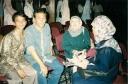 Franky Sahilatua di antara Fans HMI