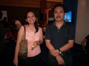 kiri ke kanan Rita dan Icwan Kalimasada (dwiki dok files)