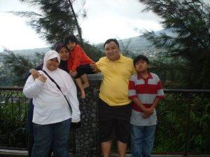 Keluarga Fami Fachrudin