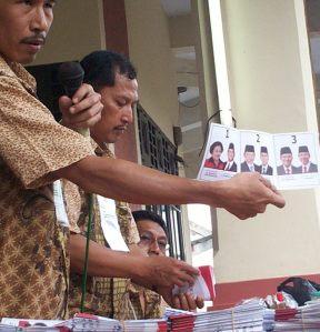 Surat Suara SBY-Boediono Antek AS (Dwiki Dok)