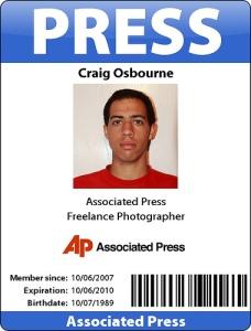 Kartu Identitas Wartawan Kantor Berita (http://www.flickr.com)