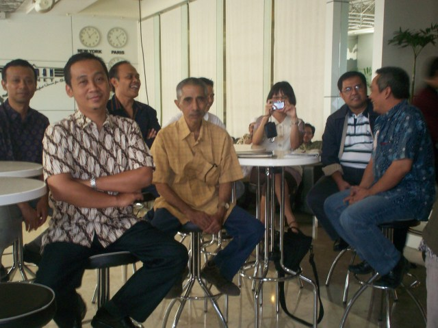 Peluncuran Buku Chappy Hakim dan Peserta Kopdar III Kompasiana 02 (dwiki dok)