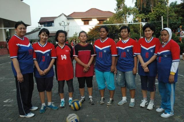 Tim Bola Voly Putri Rt 008 Rw 010 Kalisari HUT RI (dwiki dok)