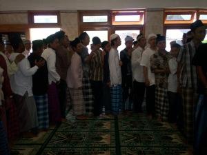 Tradisi Ikrar Halal Bi Halal Desa Blawong Jetis Bantul (dwiki dok)
