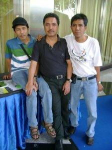 dari kiri ke kanan Dwiki Setiyawan, Ichwan Kalimasada dan Ahmad Zainul Arif (dok dwiki)