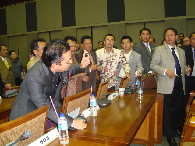 FPG DPR-RI Jelang Rapat Paripurna 3 Maret 2010 01 (Dwikis Dok)