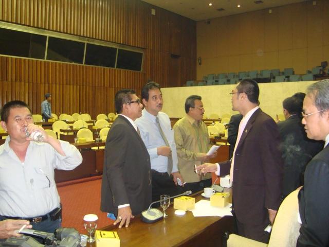 Rapat Pleno FPG DPR-RI 3 Maret 2010 05 (Dwikis Dok)