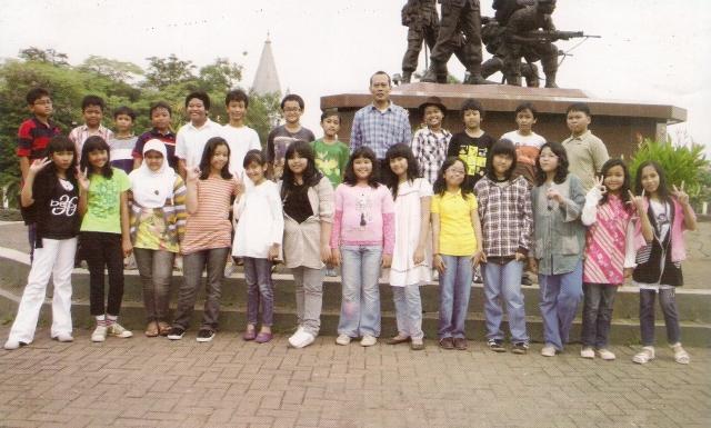 Galeri Foto Alumni SD Islam PB Soedirman Tahun 2010: Kelas VI B