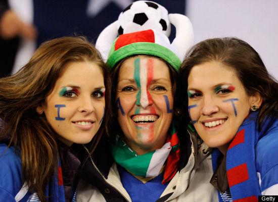 Suporter Cantik Sepak Bola Italia 02