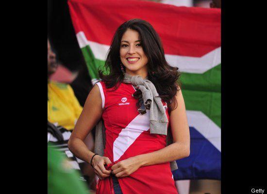 Suporter Cantik Sepak Bola Paraguay 01 (http://www.huffingtonpost.com)