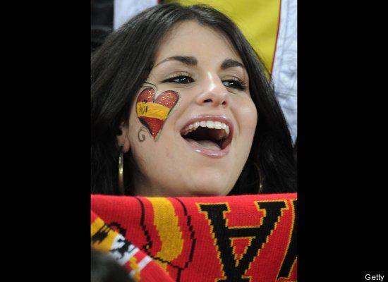 Suporter Cantik Sepak Bola Spanyol 04 (http://www.huffingtonpost.com)