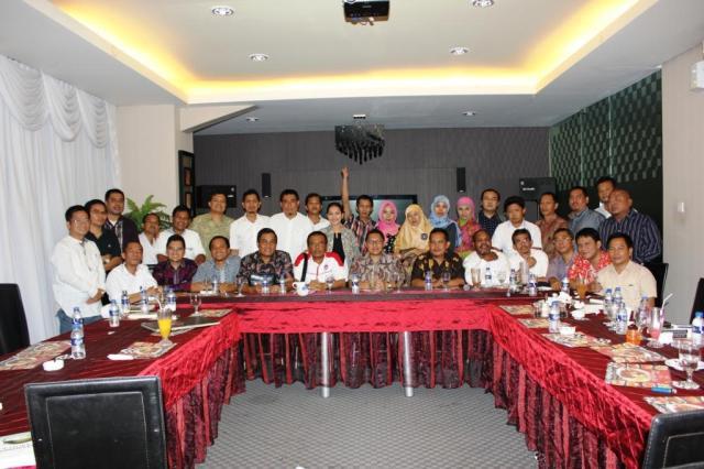 Reuni II PB HMI Periode 1997-1999 di R2R Cafe Jakarta Selatan