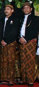 mt-arifin-budayawan-solo-keris-jawa