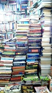Buku Gudang Ilmu Pengetahuan Berburu Buku